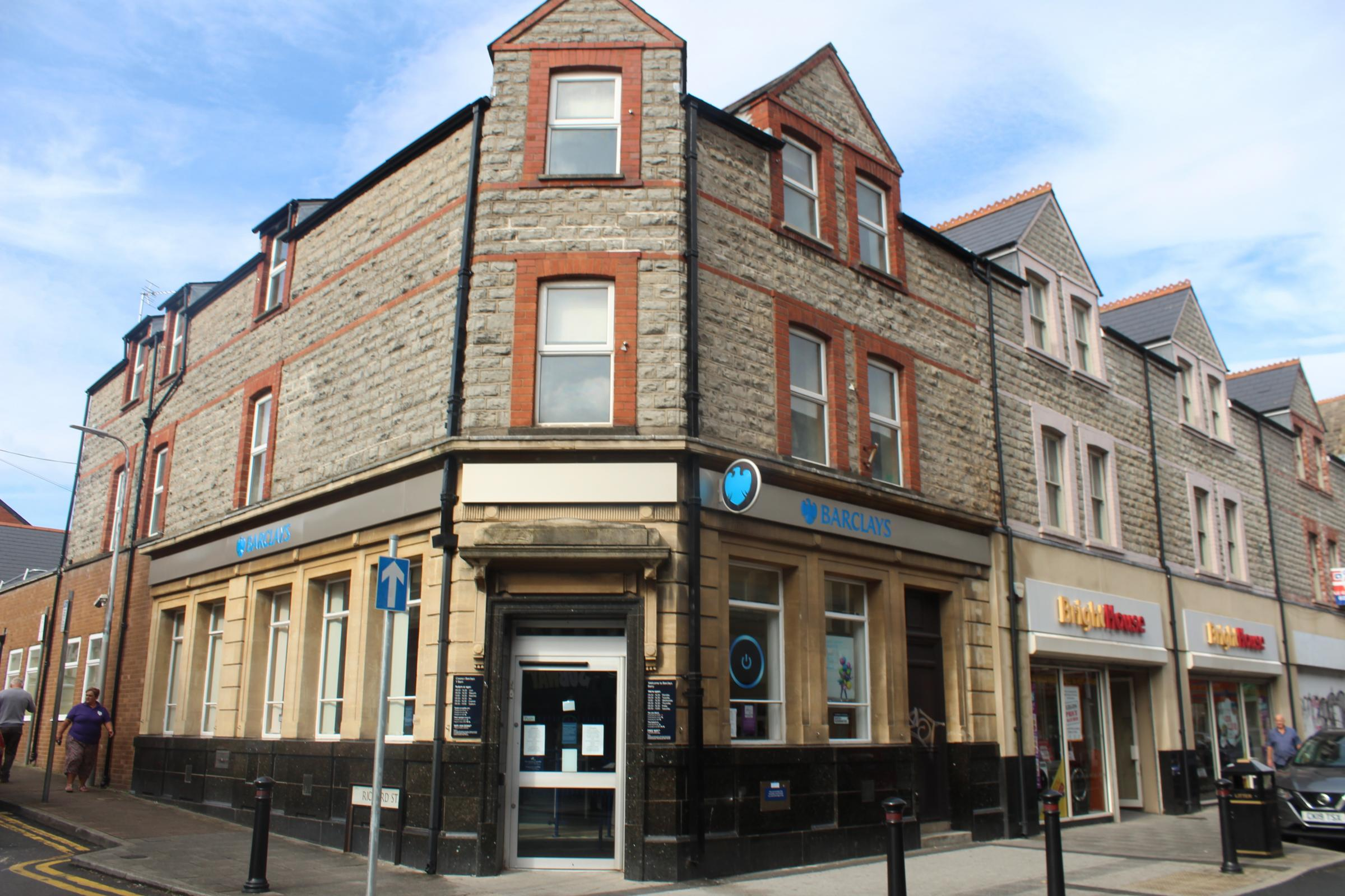 Barclays bank roof lead theft results in temporary Barry branch closure
