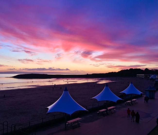 Reader, Sian Dixon sent this photograph taken in Barry Island, in the evening on January 18. To submit a photograph relating to Barry or Barry Island, email sha@barryanddistrictnews.co.uk