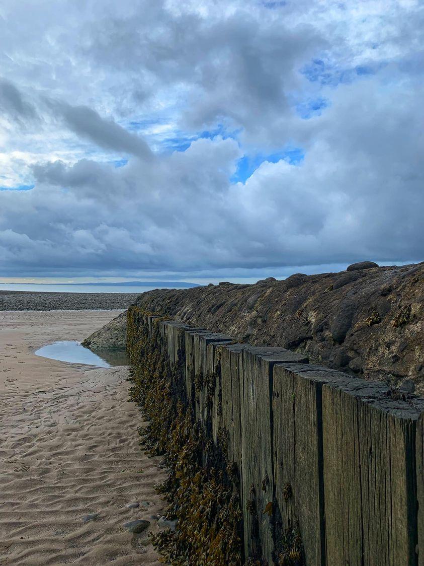 A gloomy looking Aberthaw beach by Melvyn John