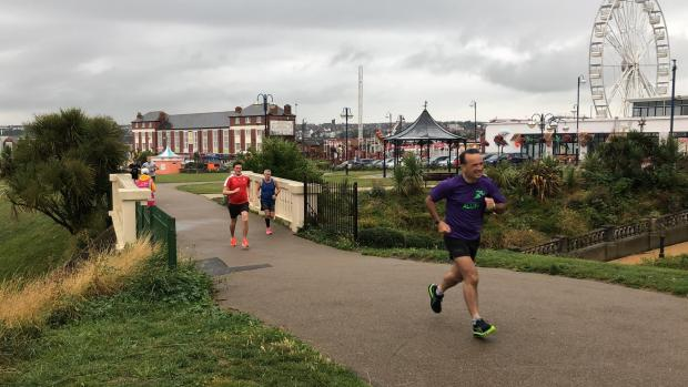 Barry And District News: Alun Cairns on Barry Island parkrun