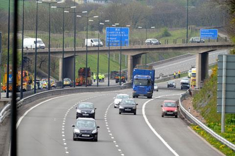 M4 problems risk to economy of Wales - MPs