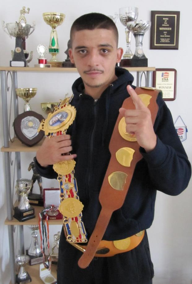 Barry boxing champ Lee Selby to appear at public sparring session in Barry tonight