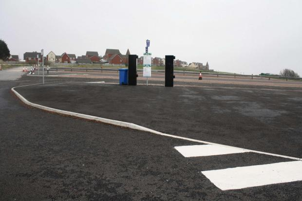 Nell's Point car park, Barry Island (4086897)