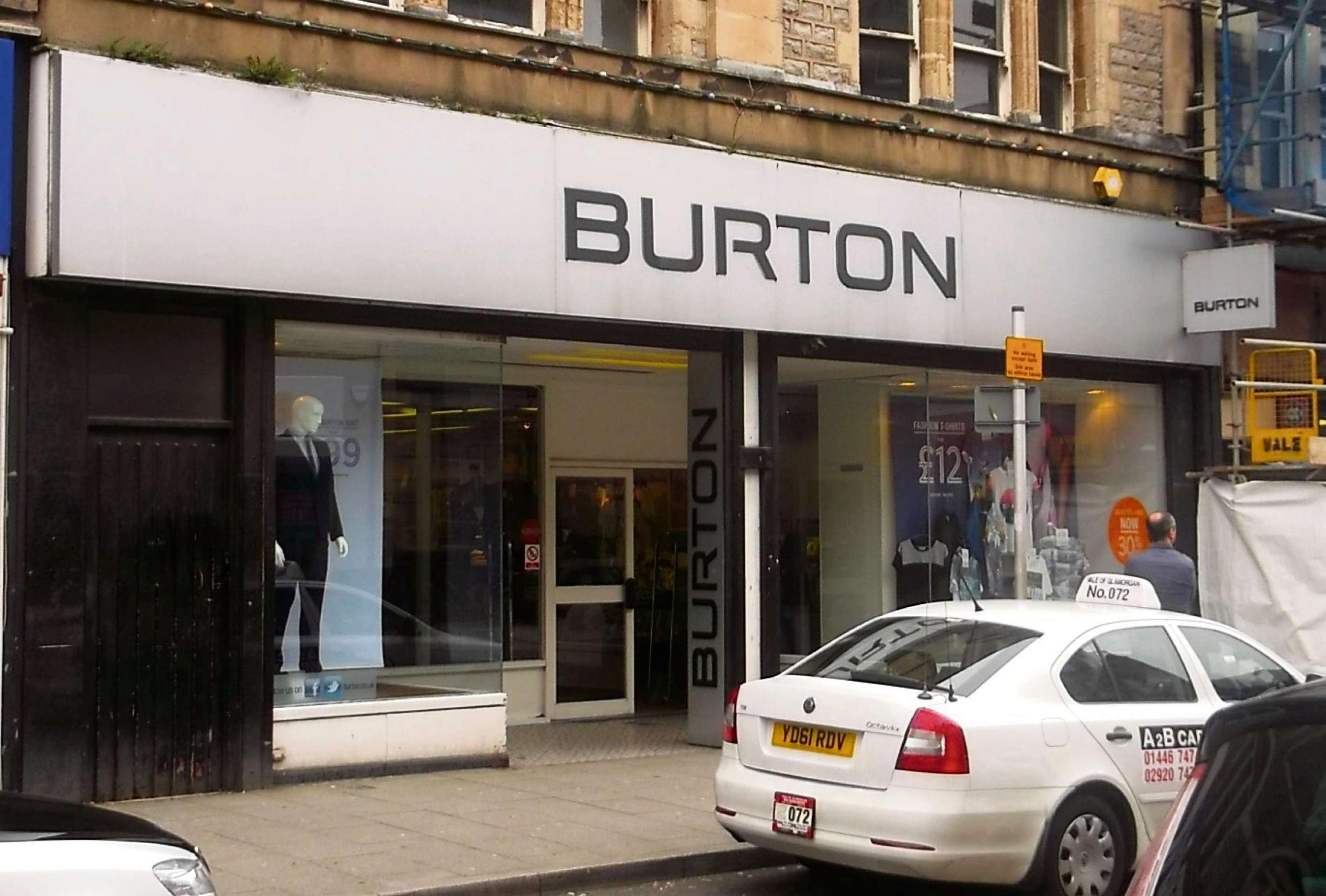 CLOSING: Burton on Holton Road, Barry (4549265)