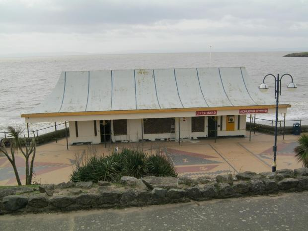 Barry And District News: OPEN FOR OFFERS: Former lifeguard station (4860683)
