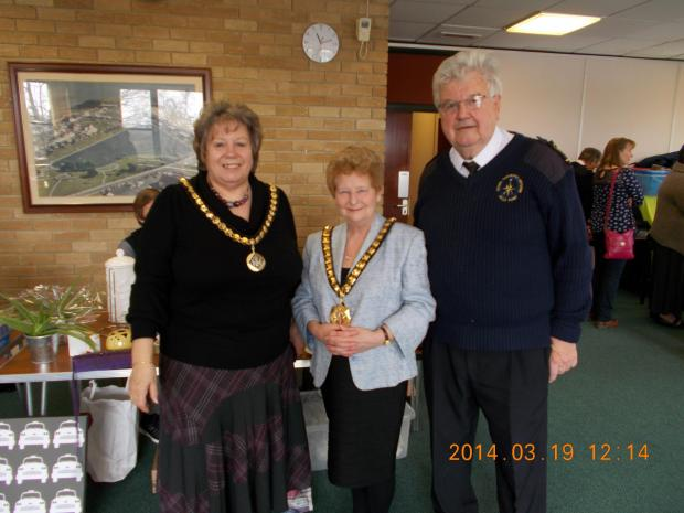 Mayor's Consort Mrs Jayne Norman, Mayor of the Vale of Glamorgan Cllr Margaret Wilkinson and Alan Morgan of Coastwatch