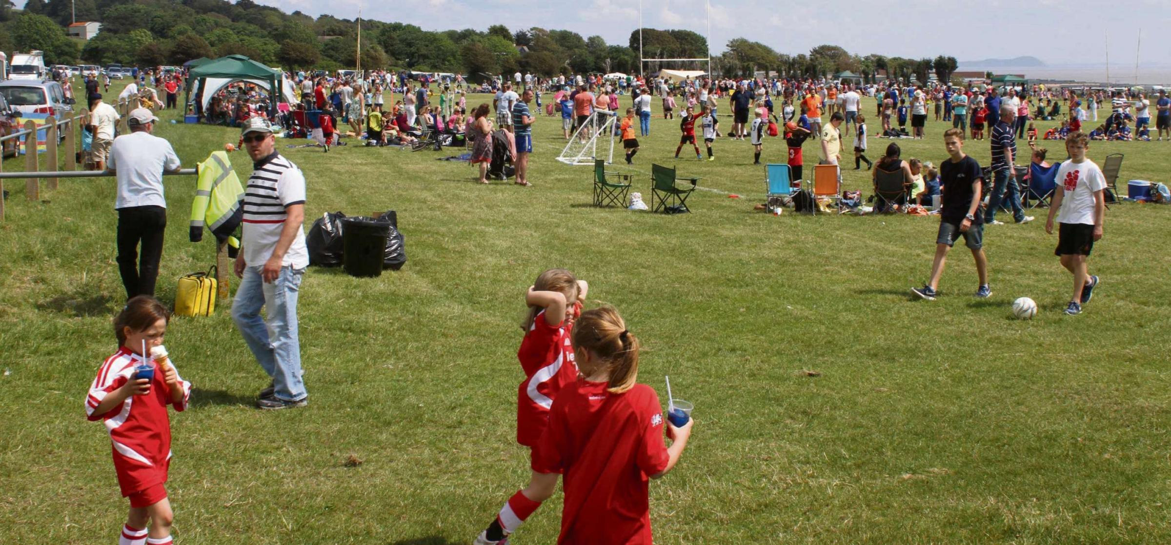 Super Cup viewings for festival's young footballers