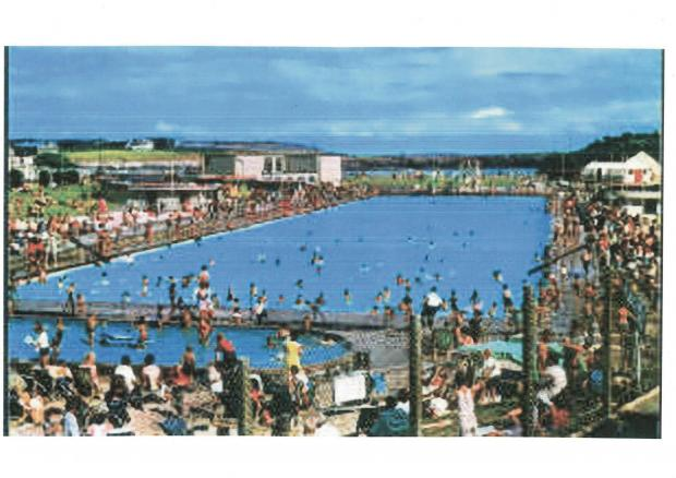 Barry And District News: HEYDAY: Knap Lido
