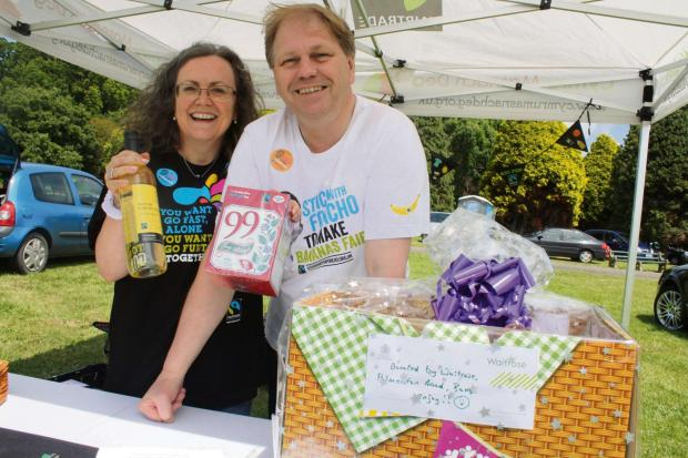 TEA FOR TWO: Cllrs Shirley and Nic Hodges promote Fairtrade goods (7955264)