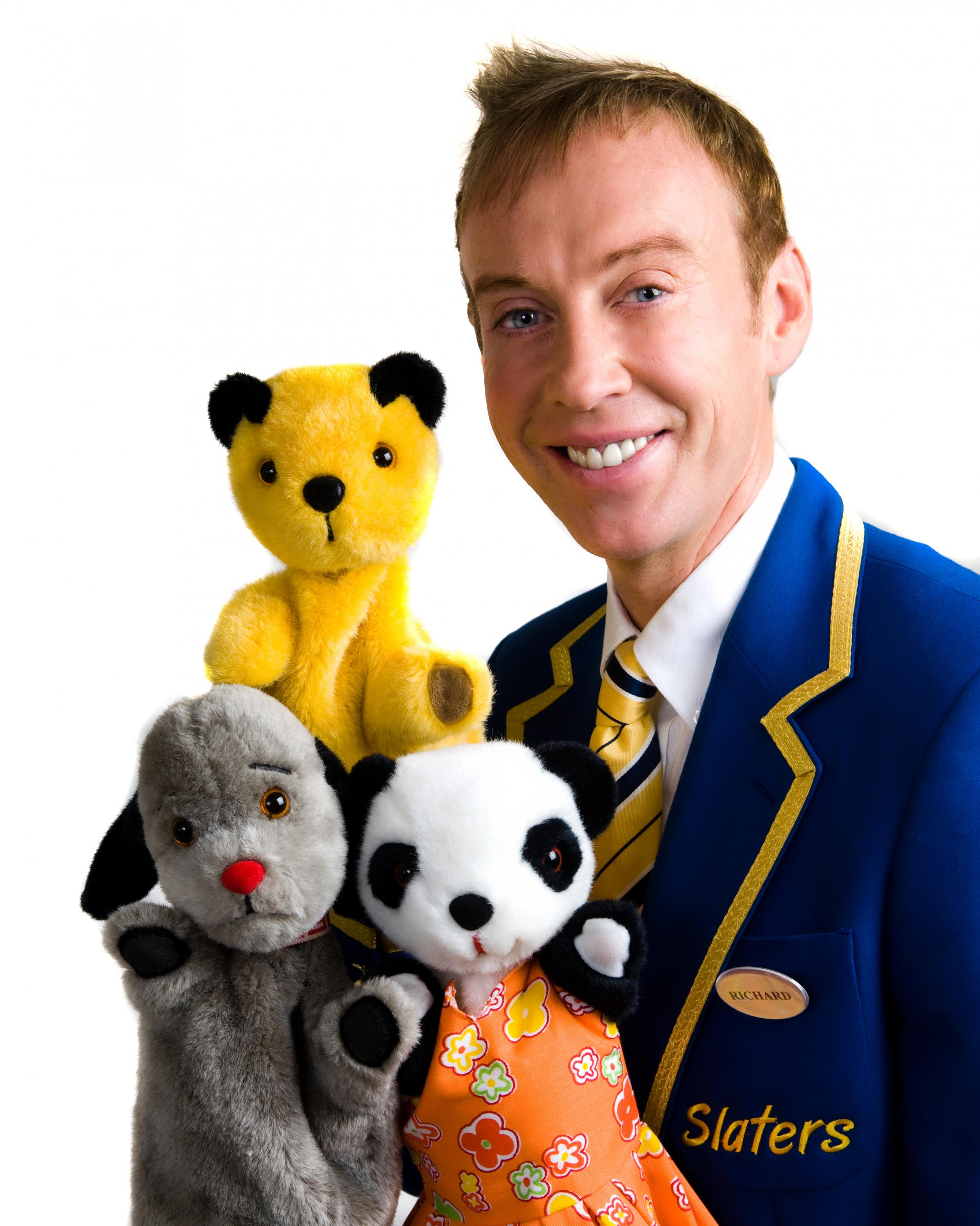 Richard Cadell with Sooty, Sweep and Soo