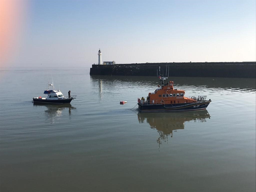 RNLI Barry Dock lifeboat crew were summoned to help a motorboat in distress